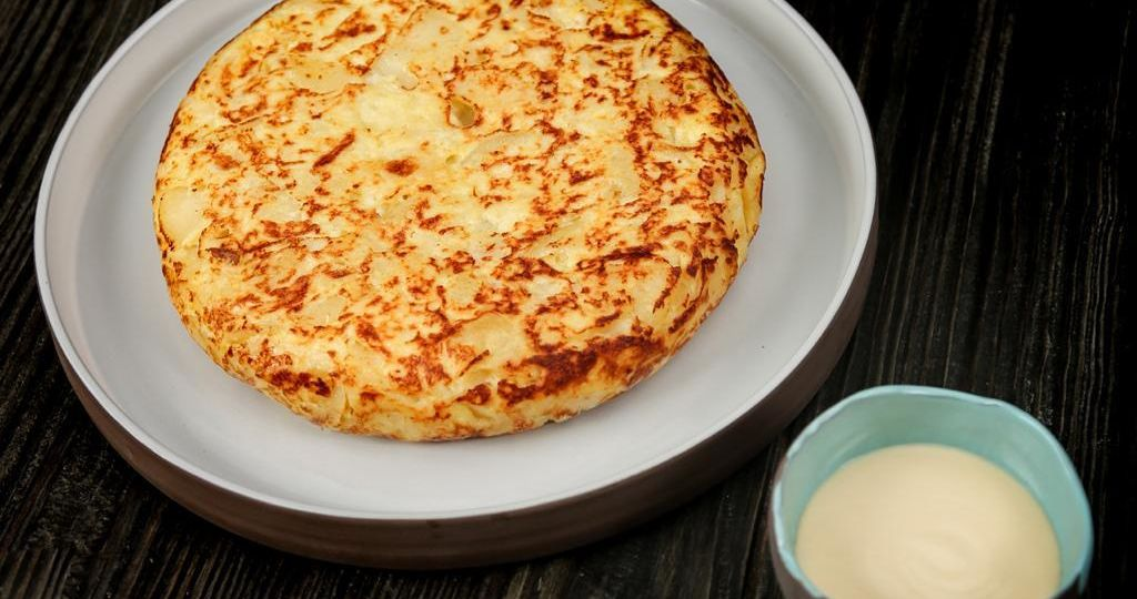 Traditional Spanish Omelette - Garlic Aioli